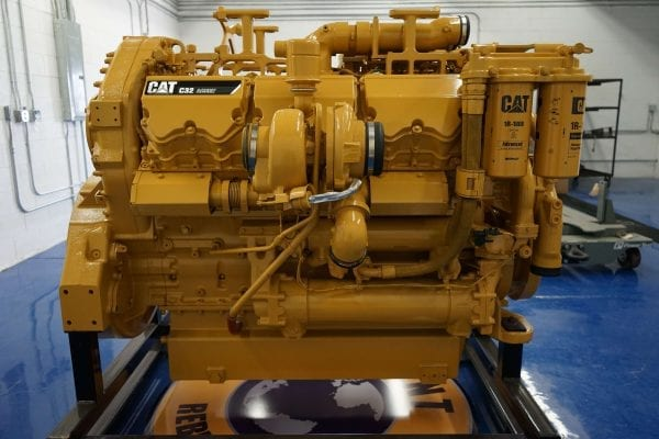 Right Side View of 992K Remanufactured C32 CAT Engine